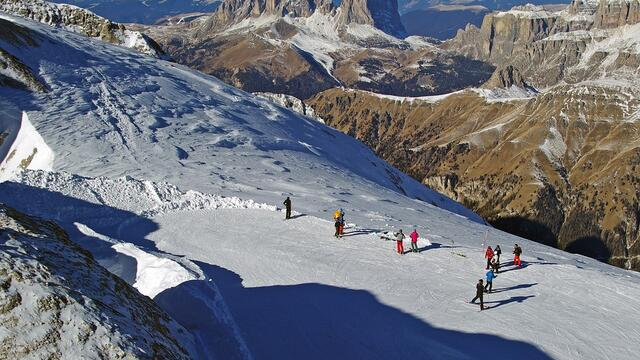 Demand for skiing tours in Italy has increased