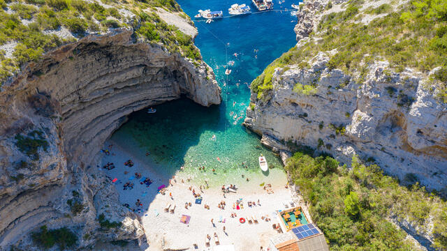 Discounts for early booking of tours in Croatia and Montenegro amounted to 35%