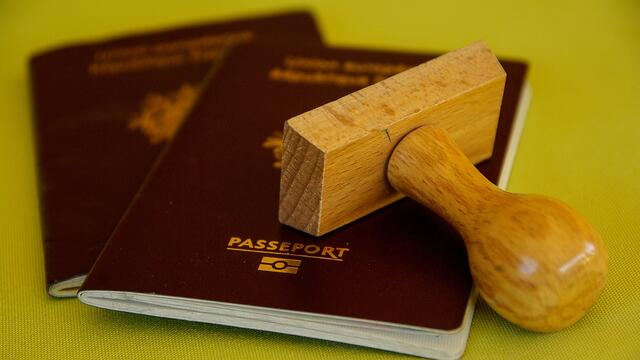 3,58 million Russians cannot travelling abroad because of debts