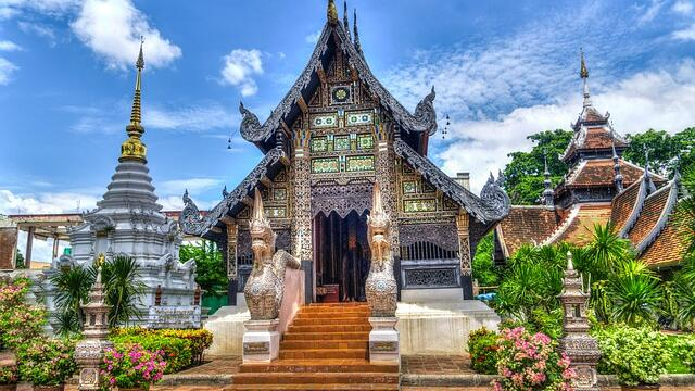 Tour operators could contain a drop in prices for tours to Thailand